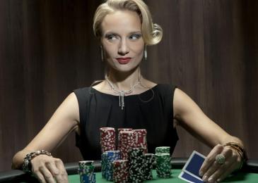 Как использовать прием Сквиз в покере