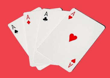 Четыре туза в покере