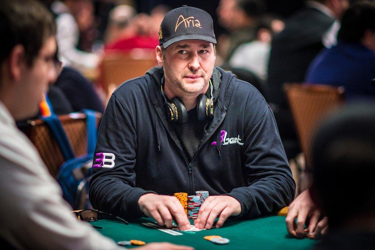 Фил Хельмут за покерным столом
