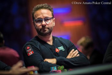 Negreanu-Destroys-Day-1-of-Super-High-Roller-Bowl-2018