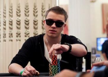 Роман Романовский преодолел отметку в $400,000 в своем марафоне