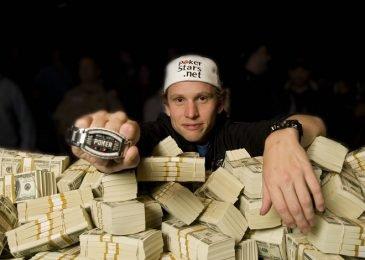 Как научиться играть в профессиональный покер