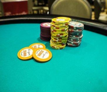 Практика онлайн покера не отдал деньги в казино