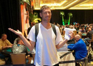 Пари на $100,000: чемпион мира по покеру будет жить месяц в ванной комнате