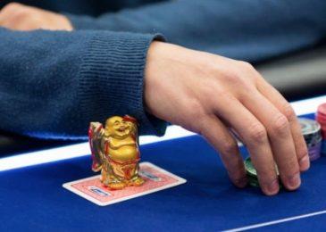 Удача в покере: достаточно ли везения для регулярной игры в плюс?