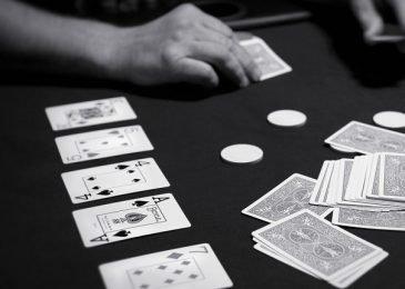 Что такое Ривер в покере и как играть на данной улице